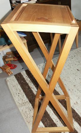 martin gaus m bel f r kleine r ume stehpulte. Black Bedroom Furniture Sets. Home Design Ideas
